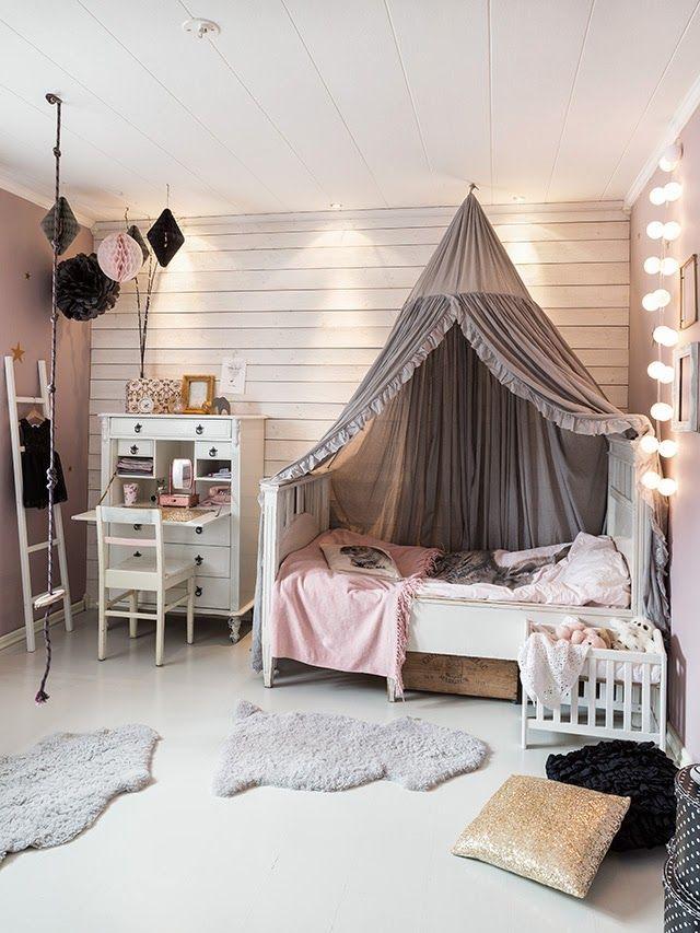 розовая детская комната