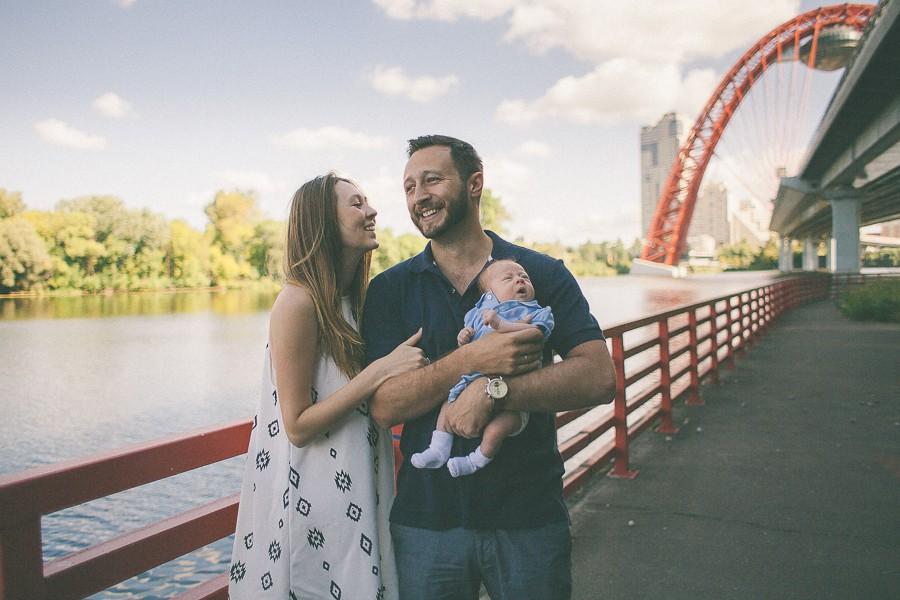 семейная фотосессия на прогулке