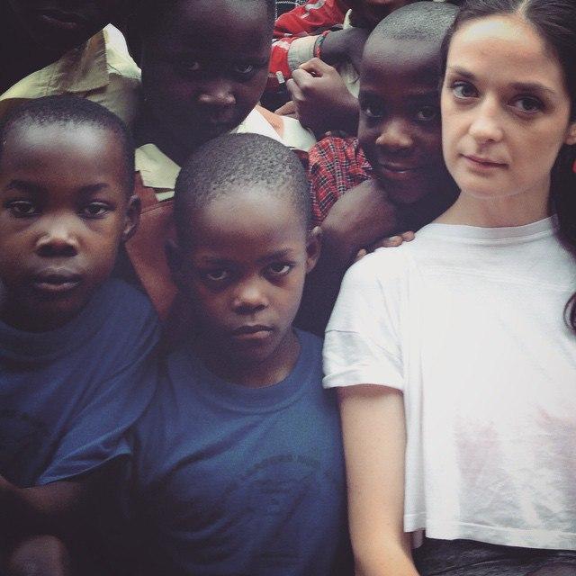 Русская девушка в африке