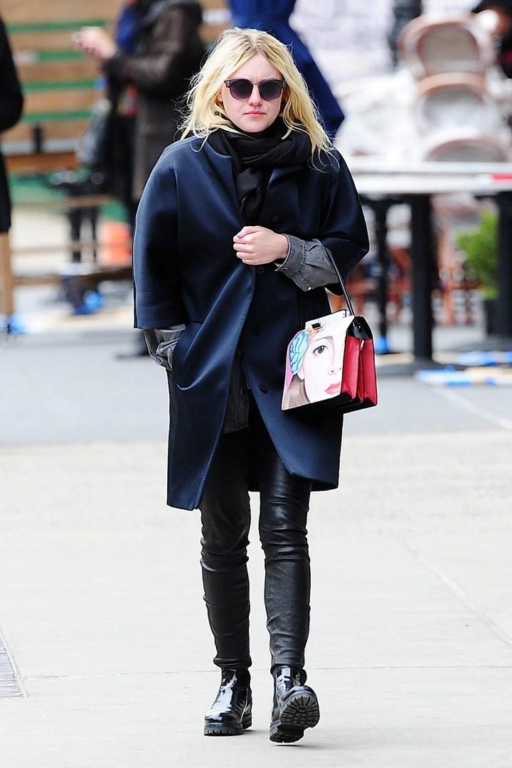 Dakota Fanning - с чем носить ботинки тимберленды