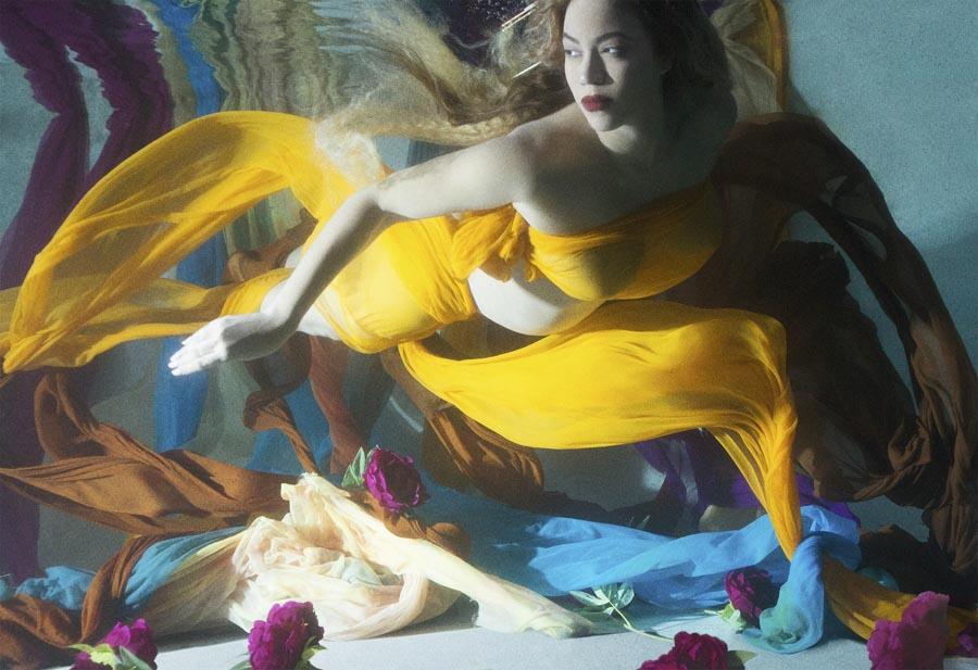 полная фотосессия беременности Бейонсе, Бейонсе в ожидании двойни, подводная съемка