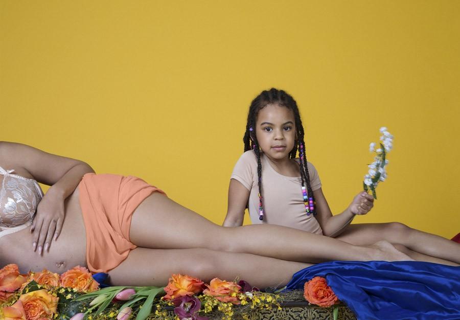 полная фотосессия беременности Бейонсе, Бейонсе в ожидании двойни