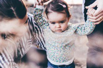 5 бесполезных вещей, которые не стоит покупать перед рождением ребенка