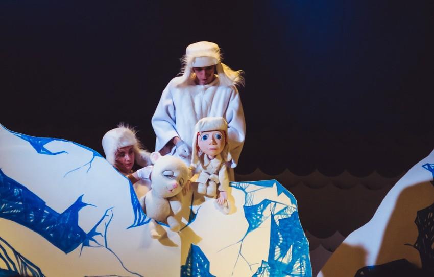 """В театр с ребенком на """"Сказочный мир"""""""