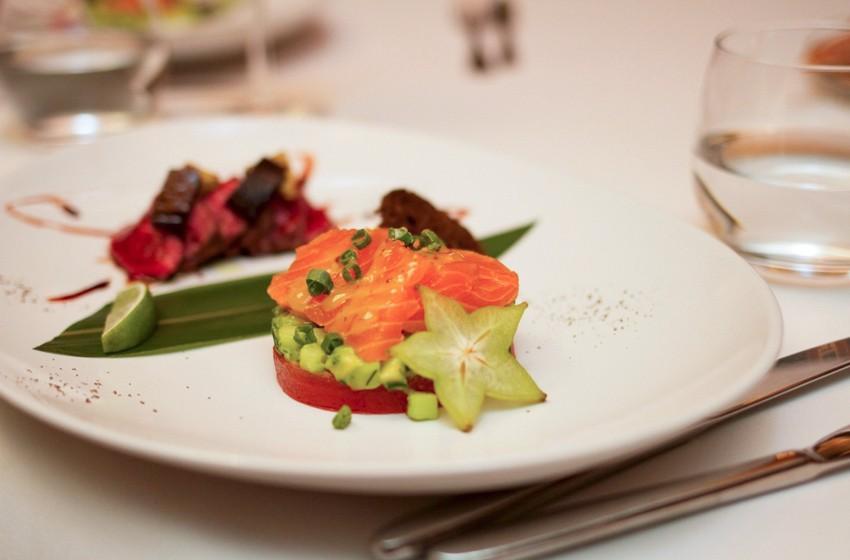 Вечер этикета от Марии Буше в ресторане-теплоходе «Ласточка»
