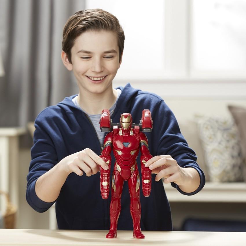 """Hasbro выпустил новую коллекцию игрушек для фанатов """"Мстителей"""""""