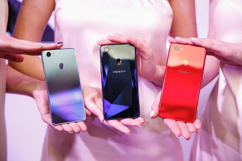 OPPO представила новый смартфон F7 на базе искусственного интеллекта (AI)