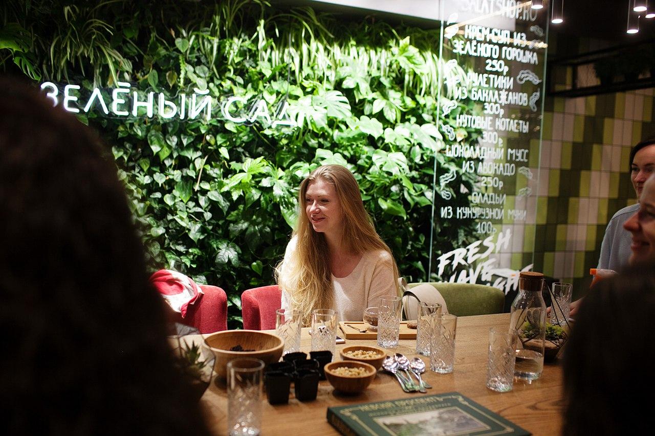Новый сезон хипста завтраков в Петербурге открылся трендовой весенней темой«Howtogreen?»