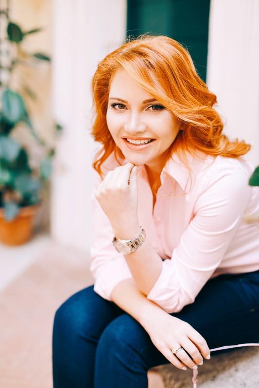 Ольга Дмитриева писатель